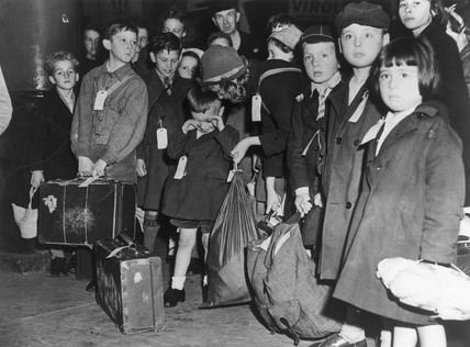 Children being evacuated from London, 1944.