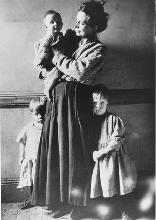 Tenement family, New York City, c 1910.