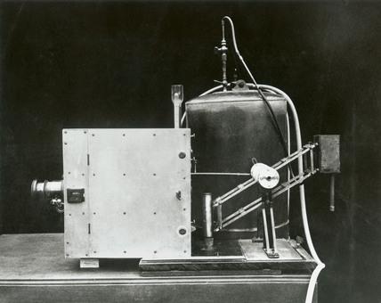 Camera arrangement for slow-motion cinematography, c 1910.