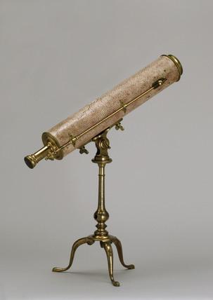 Gregorian reflecting telescope, 1734-50.
