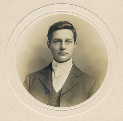 Dr Oswald John Silberrad, English chemist, 1902-1906.