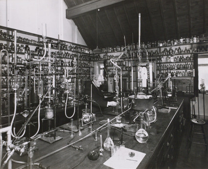 Dr Oswald John Silberrad in his laboratory, Loughton, Essex, 1947.