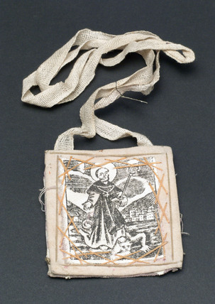 Amulet against toothache, snake bites and rabies, Spanish?, 1800-1920.