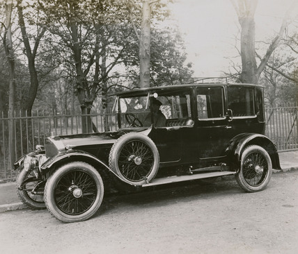 6 cylinder saloon Napier