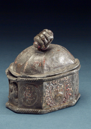 Lead tobacco jar, English, 1780-1860.