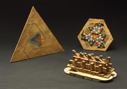 Self-reproducing mechanism models, 1920-1970.