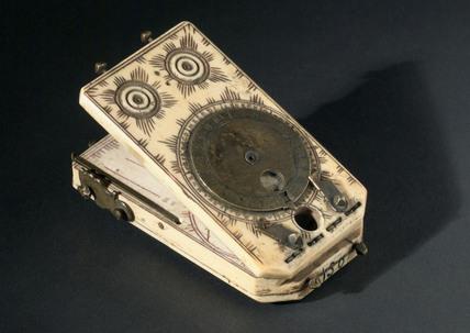 Ivory tablet sundial, 1501-1500.