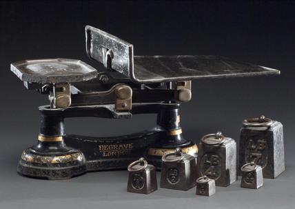 Equal arm postal balance, 1850-1880.