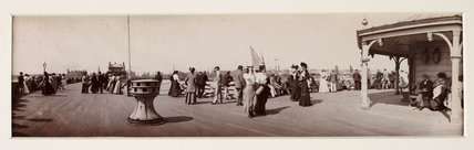 Lowestoft seafront, Suffolk, c 1905.
