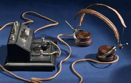 Brownie crystal radio receiver and a pair of BTH headphones, mid 1920s.
