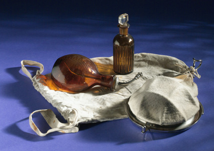 Portable anaesthetic kit, German, 1914-1918.