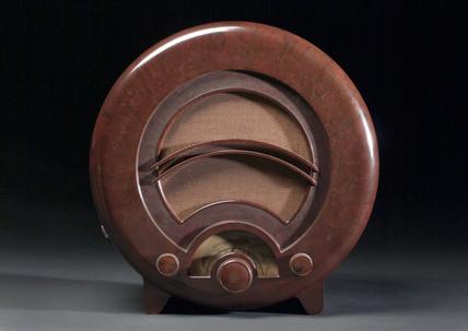 Ekco AD36 radio, 1935.