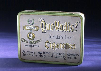 'Quo Vadis' cigarette tin, 1920-1940.