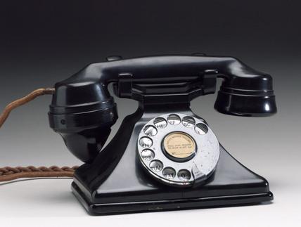 Siemens Neophone telephone, 1929.