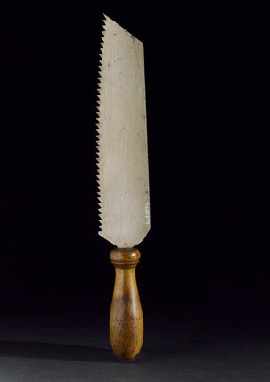 Small amputation saw, c 1730.