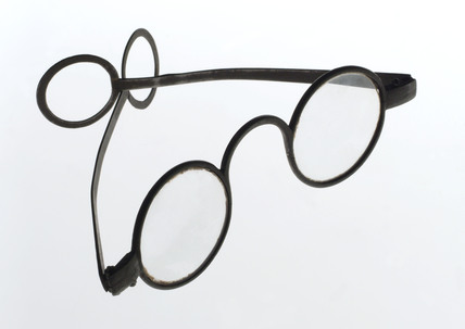 Straight spectacles, 1751-1830.