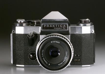 Praktica Super TL Pentaprism SLR camera, 1968.
