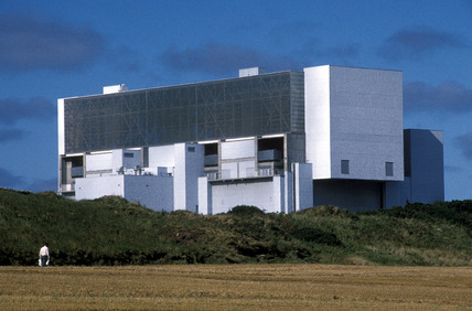 Thorntonloch nuclear power station, East Lothian, 1998.
