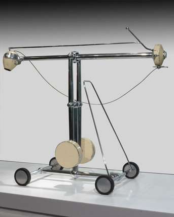 One gramme radium teletherapy apparatus, wheeled, 1930-1931.