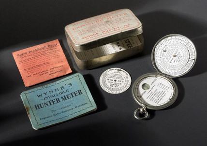 Wynne 'Infallible' Hunter exposure meter, c 1927.