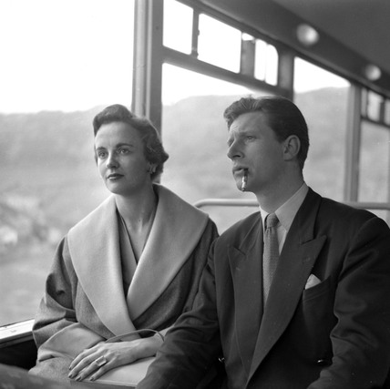 Honeymooners travelling to the West Country on the 'Devon Belle', May 1953.