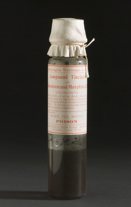 Bottle of compound tincture of chloroform and morphine, c 1881.
