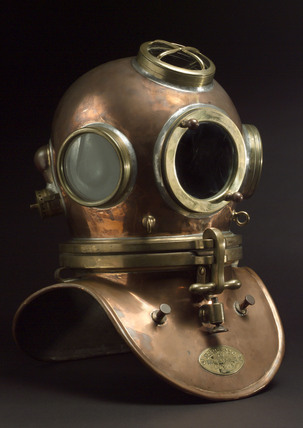 Diving helmet made by Siebe-Gorman & Company Ltd, 19th century.