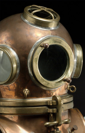 Diving helmet, 19th century.