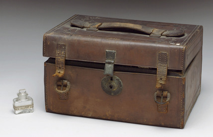 Leather medicine chest, 1863-1901.