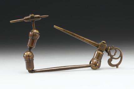 Musschenbroek hand microscope, Dutch, late 17th century.