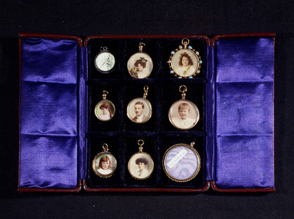 Photographic jewellery, c 1860.