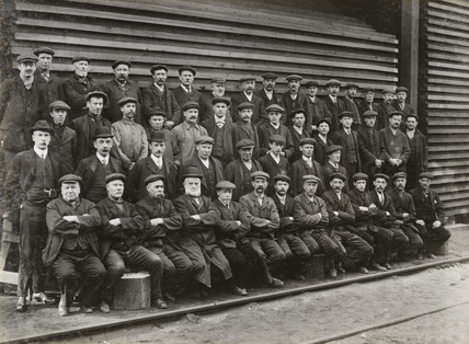 Workers at Doncaster carriage works, South Yorkshire, c 1916.