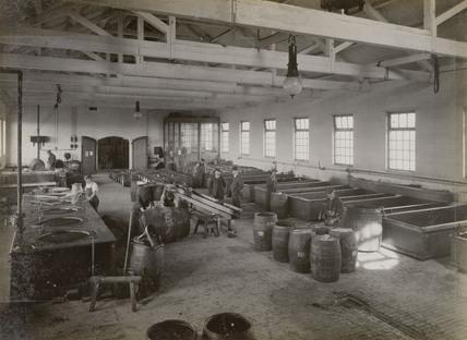 Barrel-making at Doncaster works, South Yorkshire, c 1916.