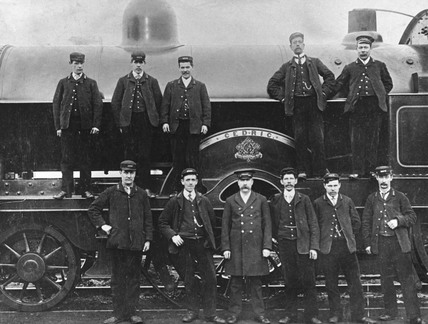 Precursor class locomotive, c 1905.