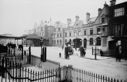 Marylebone Station, London, c 1905.