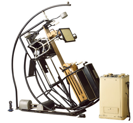 Pohl Omniscope X-Ray apparatus, c 1910.