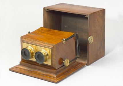 Achromatic stereoscope, 1865-1875.