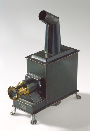 Child's magic lantern, German, 1913-1920.