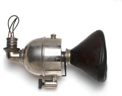 Clover portable ether inhaler, 1877-1910.