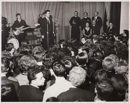 Cliff Richard and the Shadows. 22/03/1962