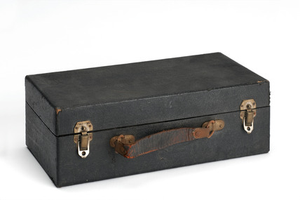 Violet Ray set case.
