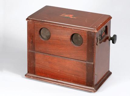 Broadcast receiver, c 1925.