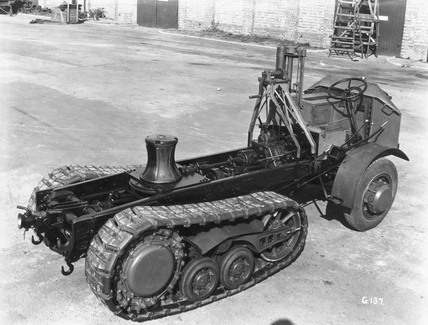 Chain-track tractor with front-wheel drive, 1929.