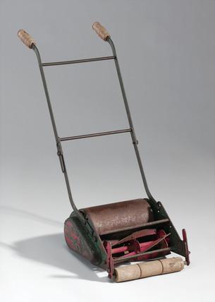 Child's lawnmower, 1960-1965.