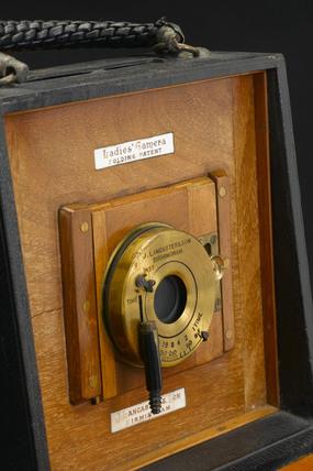 Folding 'Lady's handbag' camera, c 1892.