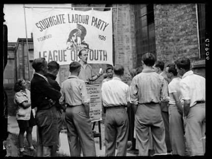 'Labour League of Youth: open air speakers in training', 1938.