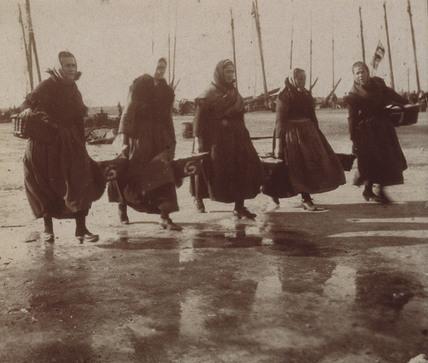 Bringing in the catch, c 1900-1905.
