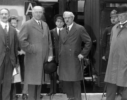 J R MacDonald leaving for Germany, Liverpool Street, 26 July 1931.