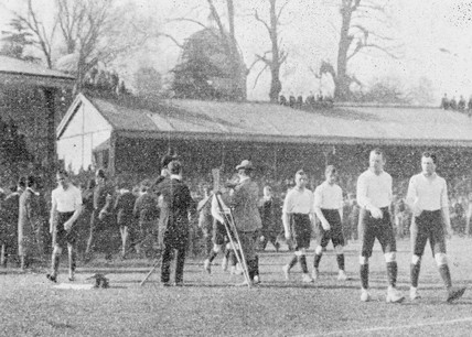 Bioscoping a football match, c 1903.