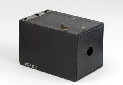 Kodak 'Brownie' box camera, 1900.